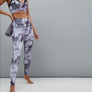 NWT varley loluxe purple marble legging